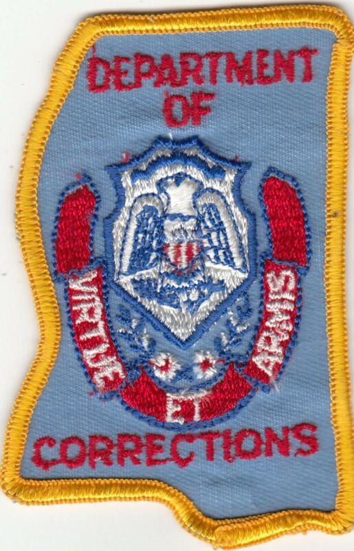 OLD MISSISSIPPI DEPARTMENT OF CORRECTIONS DOC POLICE PATCH MS STATE SHAPE GD