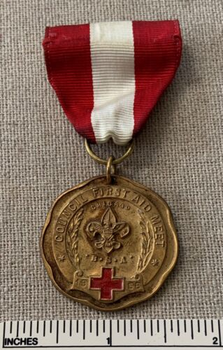 Vintage 1958 CHICAGO COUNCIL FIRST AID MEET Contest MEDAL Gold 1st Place NAMED