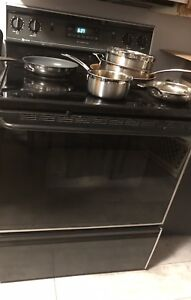 Maytag Self-cleaning stove