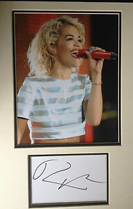 RITA-ORA-CHART-TOPPING-SINGER-EXCELLENT-SIGNED-COLOUR-PHOTO-DISPLAY