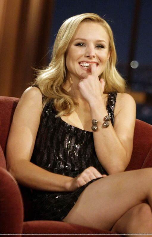 Kristen Bell With Finger In Mouth 8x10 Photo Print