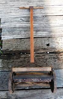 ANTIQUE PUSH MOWER Rosewater Port Adelaide Area Preview