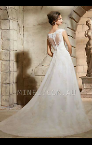 GORGEOUS Lace Wedding Dress Punchbowl Canterbury Area Preview