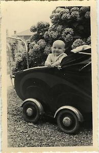 photo ancienne vintage snapshot enfant b b landau dr le baby carriage fun ebay. Black Bedroom Furniture Sets. Home Design Ideas