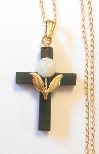 "Vintage 14K Yellow Gold Jade Rose Cross Pendant 19.75"" Necklace"