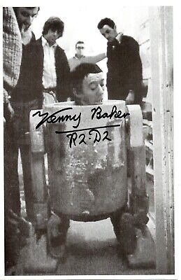 "Kenny Baker ""R2D2 in Star Wars"" Signed Autographed 8x6 B/W Photo"