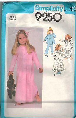 9250 Vintage Simplicity Schnittmuster Mädchen Schlafanzug Nachthemd Bademantel (Vintage Mädchen Nachthemd)
