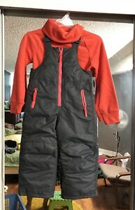 Girl size 6 to 7 years snow suit