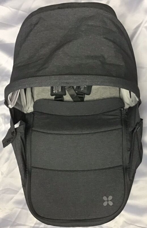 Uppababy Bassinet 2018 Grey Color Unisex with Travel Bag - Free Shipping!