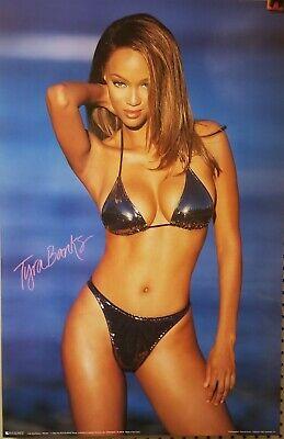 AT.A.Glance 1999 Tyra Banks Poster RARE New