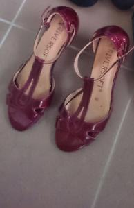 Burgudy shoes, size 7 Glenmore Park Penrith Area Preview