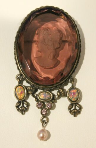 Antique Victorian Amethyst Purple Glass Cameo Brooch Pin Large Maiden Goddess