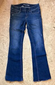 American Eagle size 6 long jeans