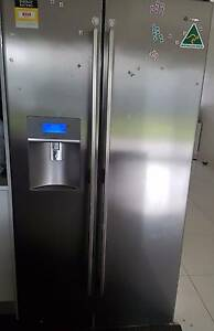 Westinghouse WSE6070SF 600L Side By Side Fridge Merrylands Parramatta Area Preview