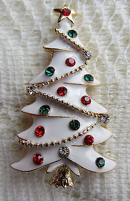 -  CHRISTMAS TREE AUSTRIAN CRYSTAL GOLD PLATE BROOCH PIN