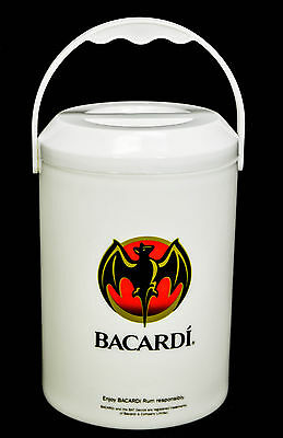Bacardi Rum, Mini Eiswürfelbehälter, Flaschenkühler, weiße Ausführung, 3 teilig