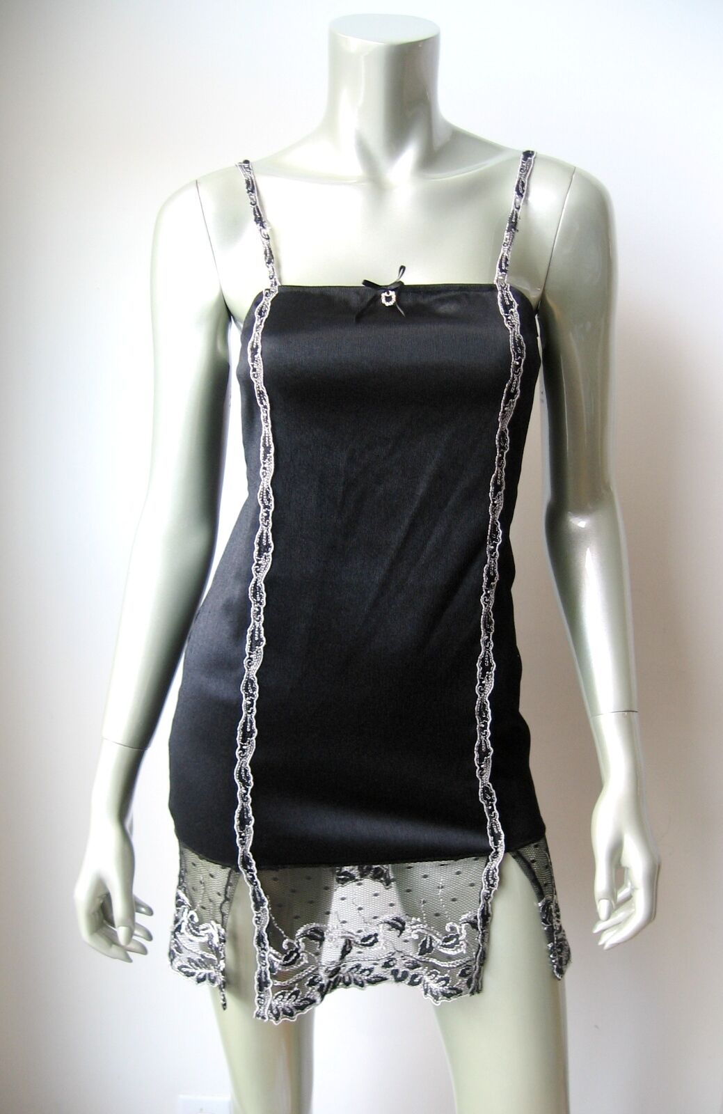 www.prominentresults.com :IN010 Unidea NEW Black Stretch Satin Embroidered Lace Chemise 2 Made In Italy PR