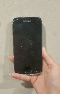 Samsung Galaxy S5 Berkeley Vale Wyong Area Preview