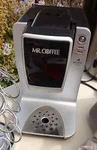 Machine à café Keurig Mr Coffee avec rack à capsules