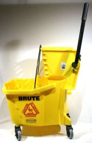 BRUTE® Rubbermaid Commercial 8 Gallon Mop Bucket and Wringer #7570, 7580 Perfect