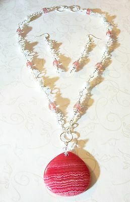 HAND MADE CHERRY QUARTZ/GLASS PEARL/CRYSTAL NECKLACE W/AGATE PENDANT/EAR.