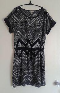 Size 14 Dress+ 3 Tops Moonee Ponds Moonee Valley Preview