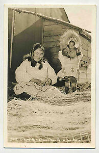 Vintage B&W Real Photo Postcard: ESKIMO MOTHER & CHILD IN THE FAR NORTH