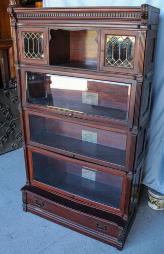 Antique Mahogany Bookcase Unusual top leaded section – Globe Wernicke Ideal