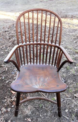 ANTIQUE 19TH CENTURY ENGLISH WINDSOR TALL BOWBACK ARMCHAIR