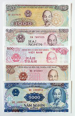 5 different Vietnam paper money most Unc. - Vietnam Paper