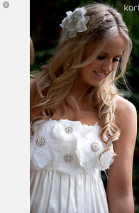 """New """" Collette Dinnigan """" Beautiful Silk Wedding Dress Lake Haven Wyong Area Preview"""
