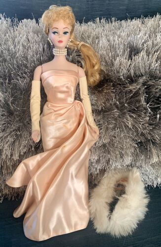 The Barbie Porcelain Collection Enchanted Evening 1960 Limited Edition 3415. - $50.00