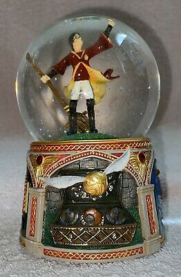 SAN FRANCISCO MUSIC BOX HARRY POTTER QUIDDITCH WATER SNOW GLOBE MUSICAL