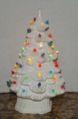 """Vtg HOLLAND MOLD White 12"""" Ceramic Christmas Tree with Base & Lights Hand Made"""