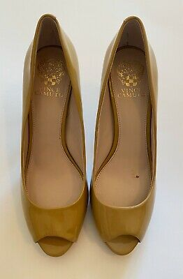 VINCE CAMUTO, sz 8 B, Patent Leather, Open Toe, Light Tan Beige, 3