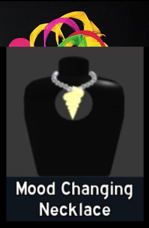 Custom pic! FREE: Mood Changing Necklace Royale High