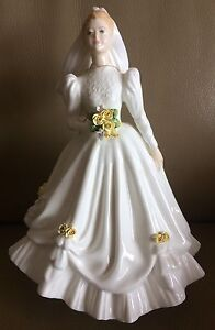 "Royal Doulton ""The Bride"" Figurine HN3284 (White) Suffolk Park Byron Area Preview"