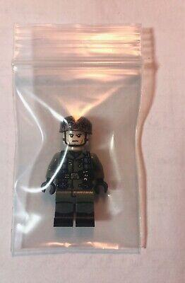 "LEGO Brickmania German Fallschirmjäger ""Green Devil"" Minifigure"