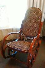 HANDSOME BENTWOOD ROCKING CHAIR Gosnells Gosnells Area Preview