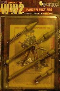 q-ACCESSORI-Action-Figure-1-6-Blister-con-2-Panzerfaust-250