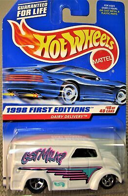HOT WHEELS 1998 FIRST EDITIONS GOT MILK DAIRY DELIVERY #645 NEW