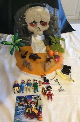 Playmobil 5804 Pirate Treasure Island Skull Carry Case Including 6 X  Figures