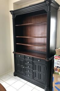 Urgent sale: Hutch/Display cabinet