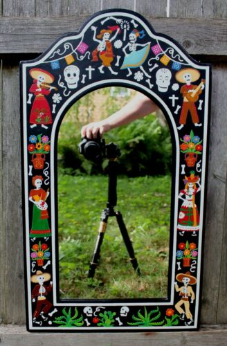 Handmade Day of the Dead Celebration Wall Mirror Lacquer Olinalá Mexico Folk Art