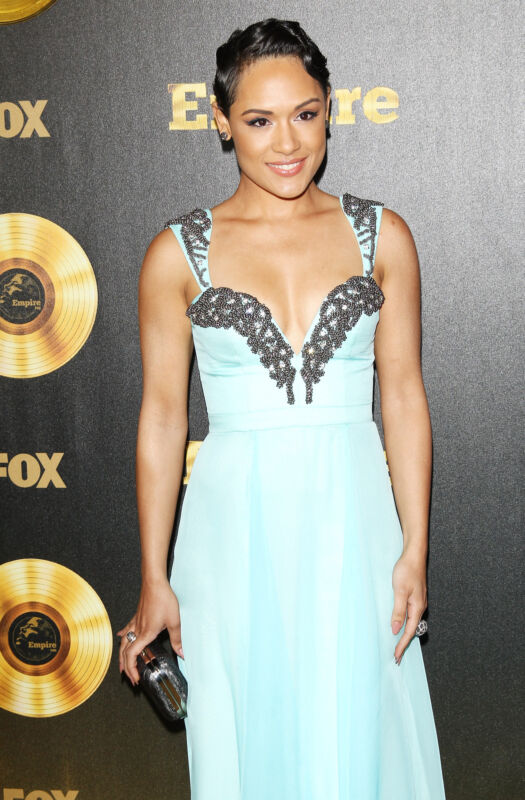 """Historie trifft Modetrend: """"Empire""""-Star Grace Gealey in Pastellblau (Michael Tran/Getty Images)"""