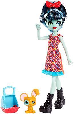 Monster High Monster Family Alivia Stein Fashion Doll  Pet Hybrid Bunny Mouse