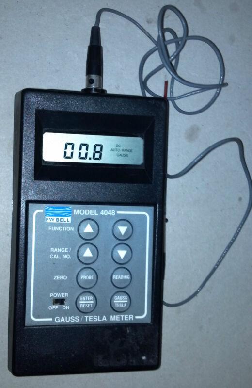 FW Bell 4048 Gauss/Tesla Meter with T-4048-001 Probe