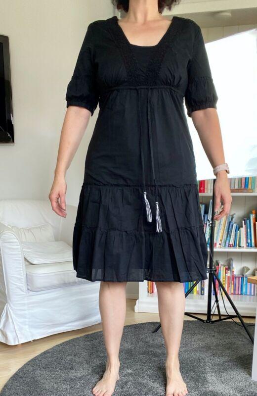 Esprit Kleid Größe 42. Knielang. Schwarz