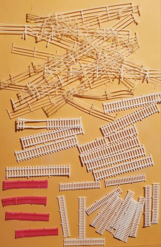N Scale Many types of Fencing.