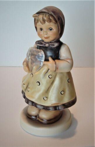 Hummel Goebel, HEARTFELT GIFT, Porcelain Figurine, LIMITED EDITION, #856, TMK8